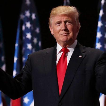 http://www.hellomagazine.com/imagenes//celebrities/2016110934512/celebrity-reactions-donald-trump-president/0-180-894/trump-t.jpg