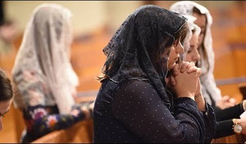Why Wear a Chapel Veil? Women in the Church (Clarifying Catholicism) -  YouTube